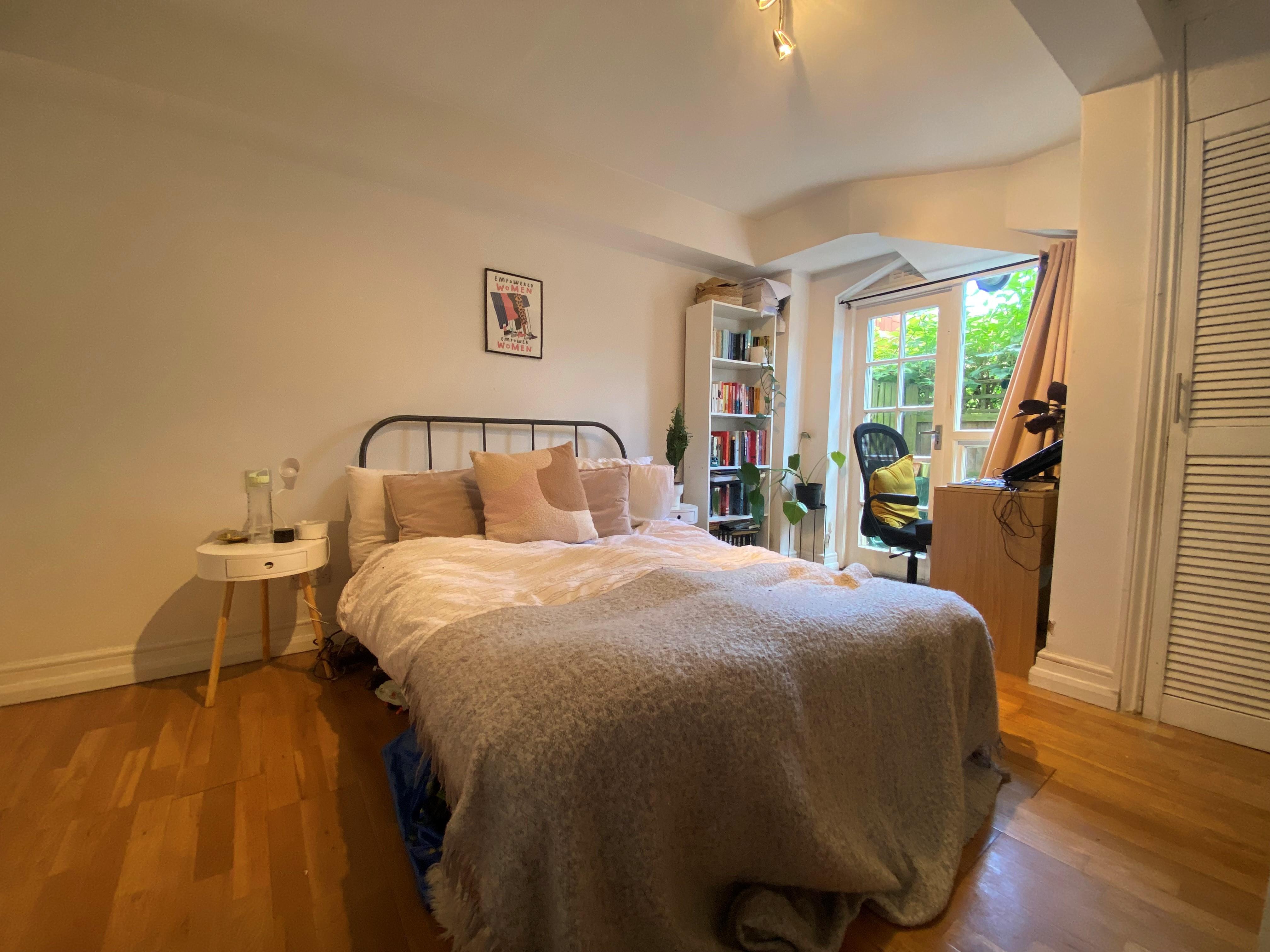 customer_1/branch_1/client_46460/sale_property/bedroom_1629464456.jpeg