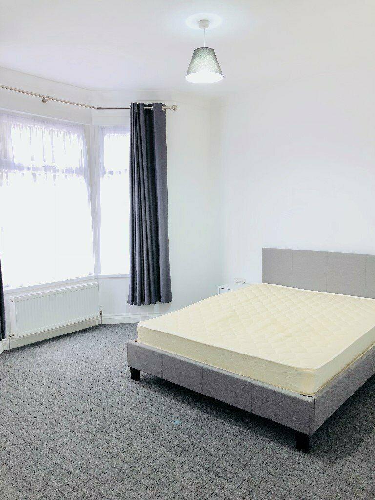 customer_1/branch_5/client_42742/sale_property/bedroom_1582901094.jpeg