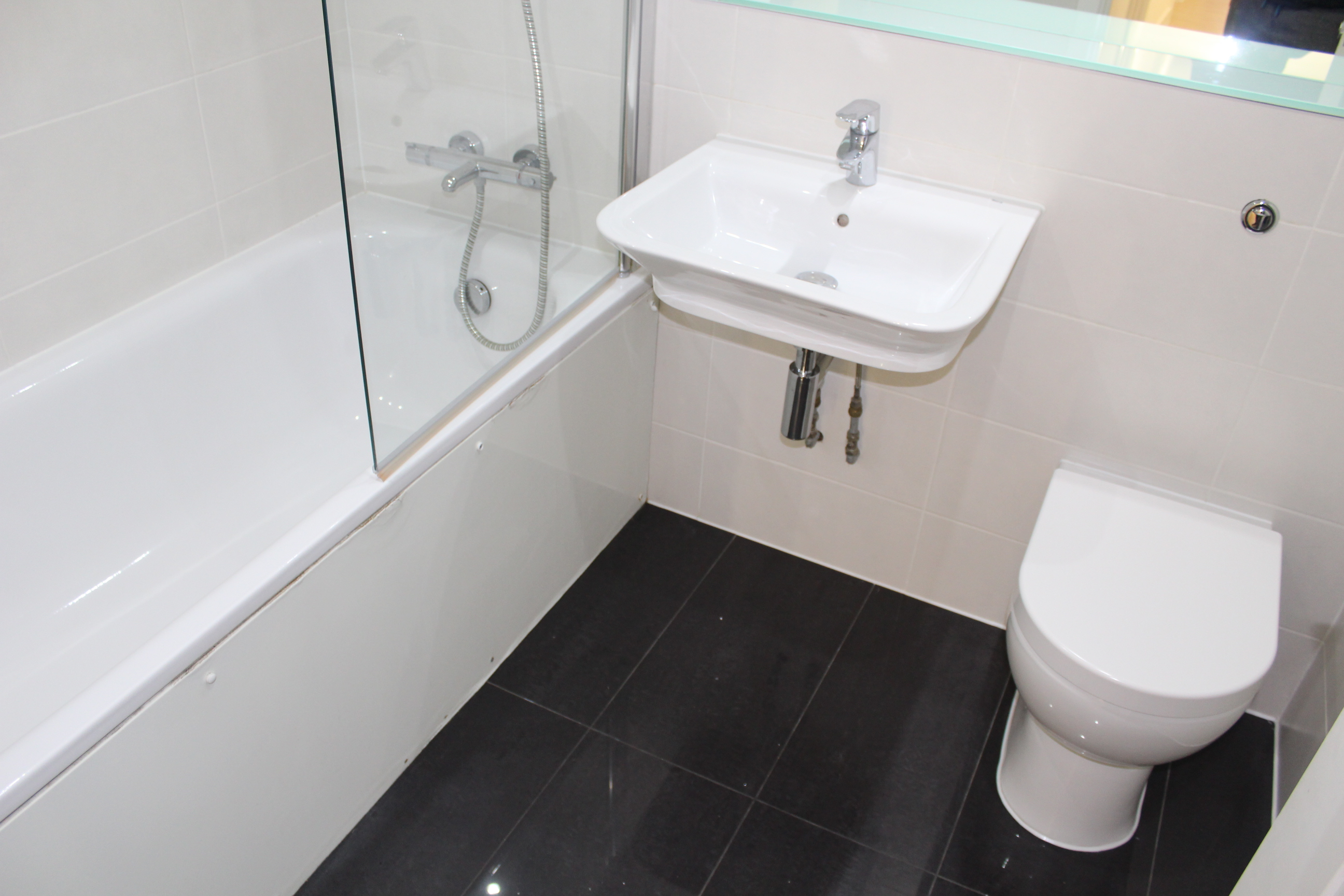customer_1/branch_5/client_5680/sale_property/bathroom_1547117011.jpeg